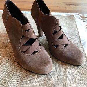 """Donald J. Pliner light brown suede 3.5"""" heel."""